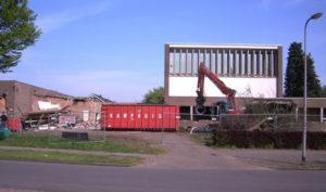 De Ark wordt afgebroken.